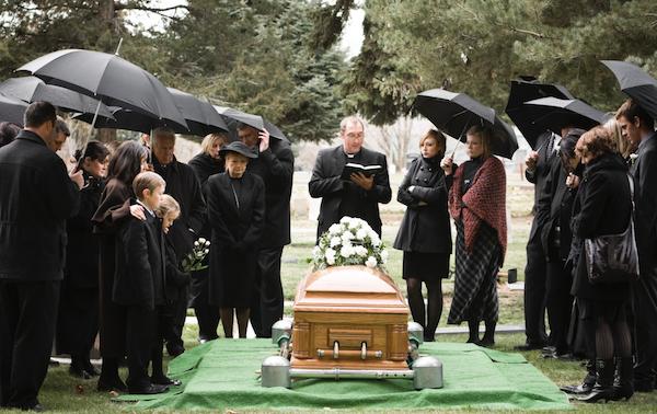 Funeral em Inglês