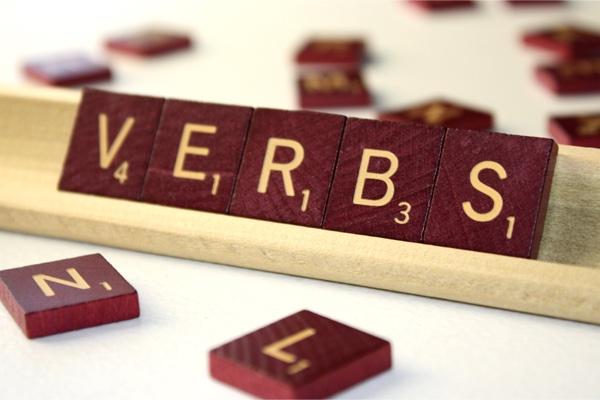 Verbos Irregulares Mais Usados em Inglês